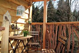 Zuhaitz etxeak caba as en los rboles en zeanuri bizkaia for Alojamientos cabanas en los arboles