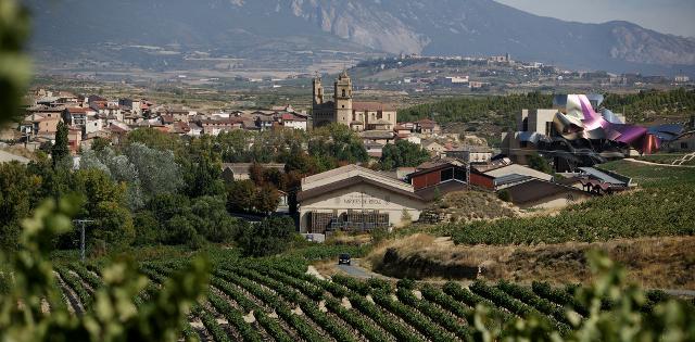 Visita A Las Bodegas De La Rioja Alavesa Rutas Turisticas