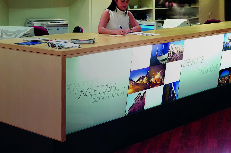 Oficinas de turismo en bilbao san sebasti n y vitoria for Oficina de turismo donostia
